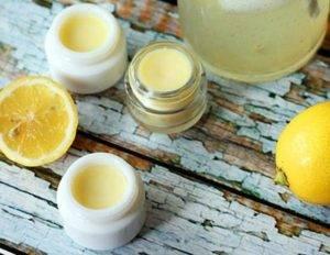 Медово-лимонный бальзам для губ