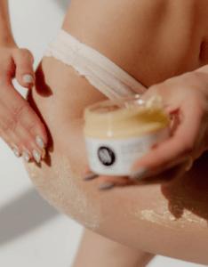 Уход за кожей после процедуры бикини сахарной пастой