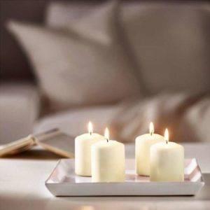 Белые восковые свечи