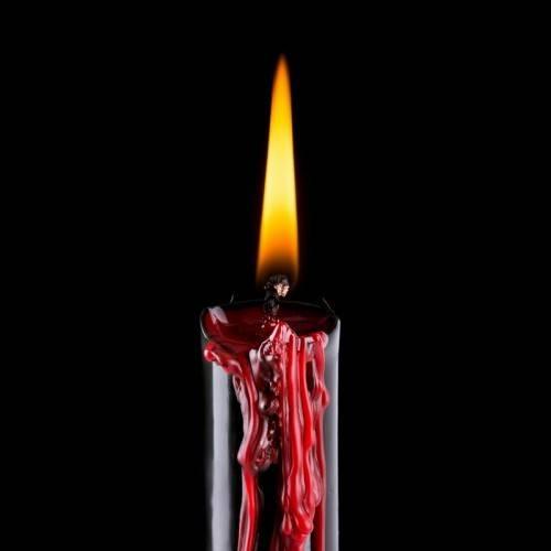 Горение восковой свечи