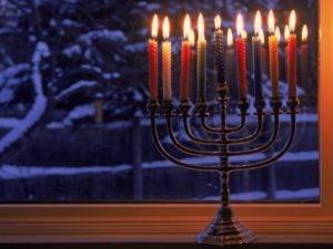 Ханука и свечи