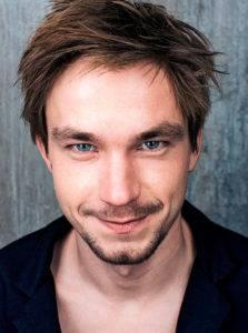 Александр Петров— один изсамых известных актеров современного российского кинематографа