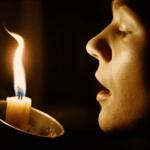 Почему нельзя задувать церковные свечи