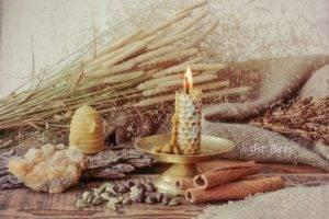 Белый налет на свечах из пчелиного воска