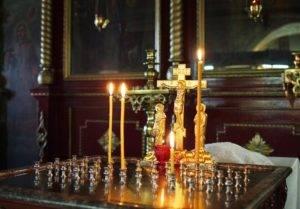 Можно ли ставить свечи за здравие