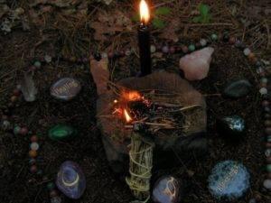 Ритуалы черных свечей