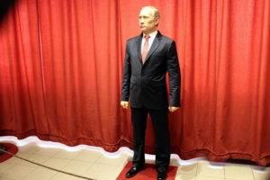 Восковой Путин фото